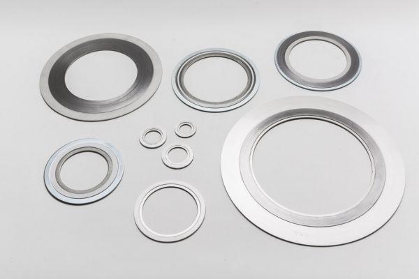 Spiraldichtung/Spiral Wound Gasket 82 X 53 X 41 X 4,5 mm