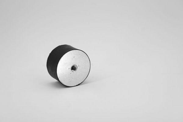 Gummi-Metallpuffer, Ausführung C